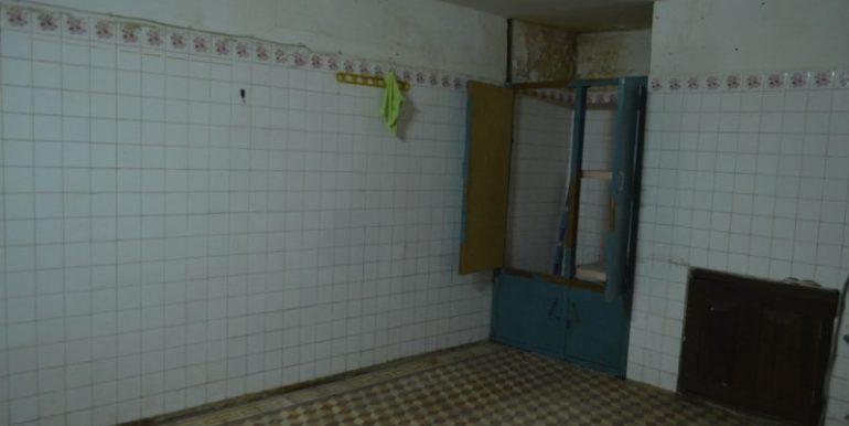Ground Floor Near Orusey Market For Rent (10)