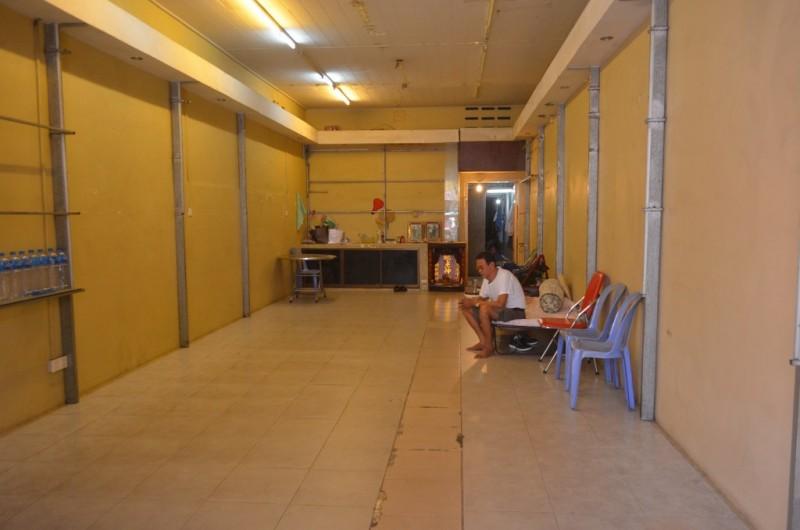 Shop House For Rent Near Ou russei Market