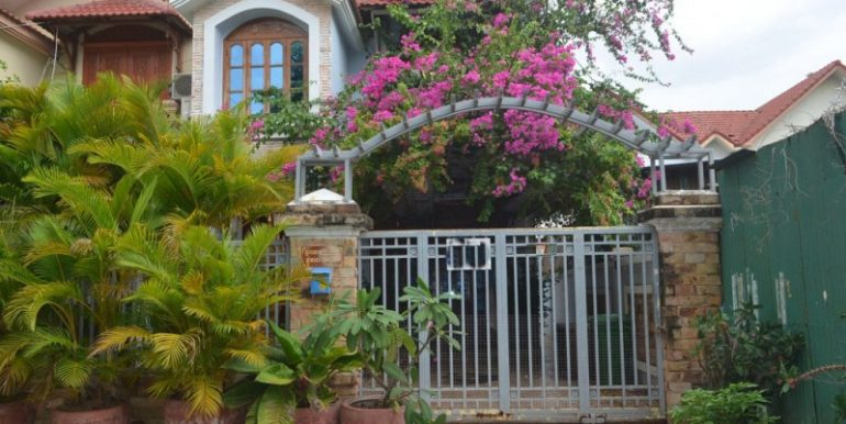 3 bedrooms House for rent in Chrouy Changvar (2)