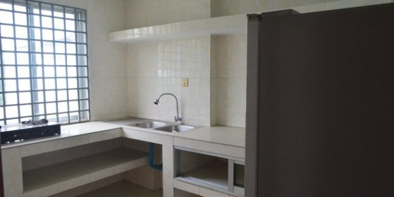 Three Bedroom Apartment For Rent In Tonlebasac (1)