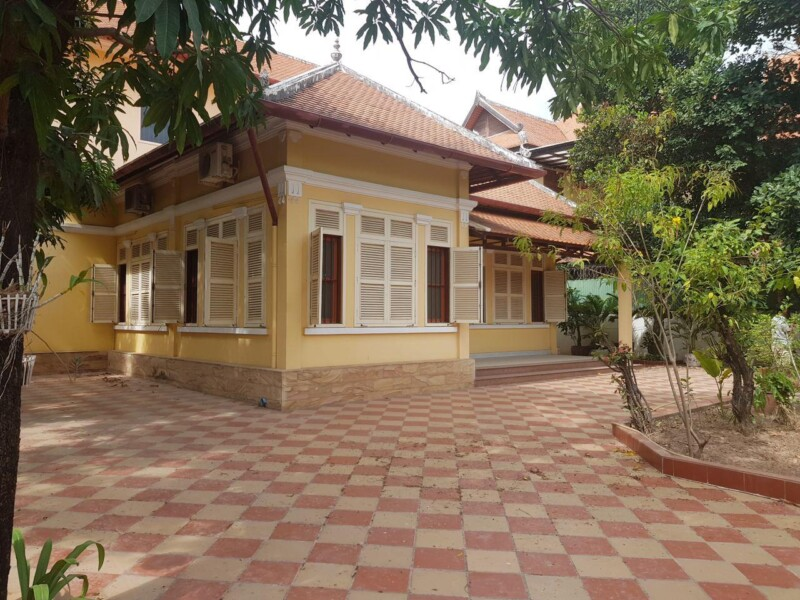 Villa Colonial Style for Rent in Toul Kork