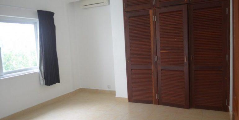 3 Bedrooms Service Apartment For Rent In Tonlebasak (1)