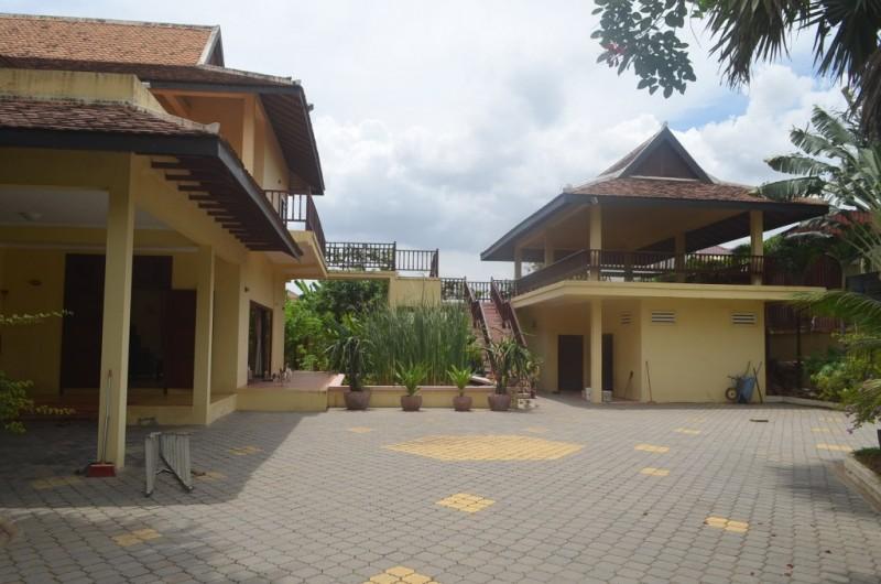 Beautiful villa for sale In Phnom Penh Thmei