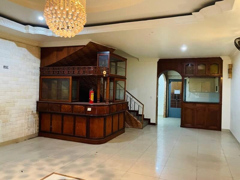 3 Bedrooms Villa for Rent in Chhroy Changvar
